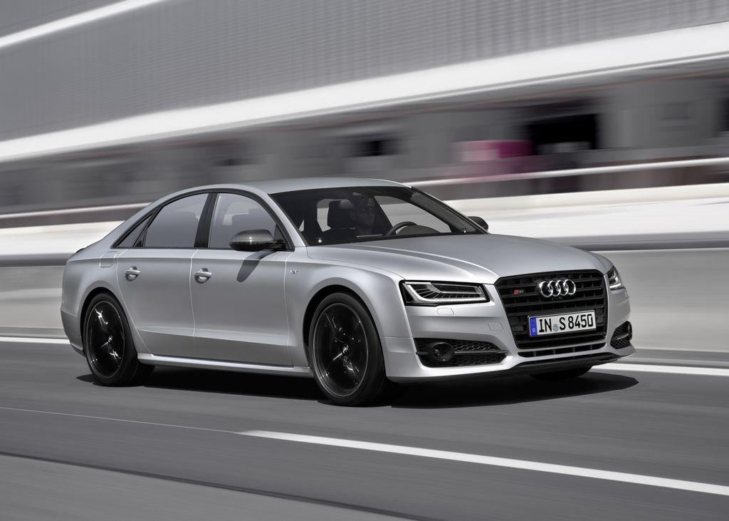 Lire l'article «Audi S8 Plus, la routière de 605 ch»