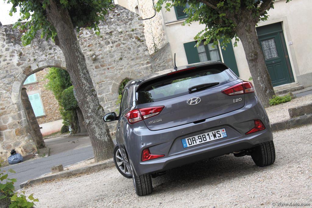 Lire l'article «Essai Hyundai i20 Coupé 1.2 MPI 84 Intuitive»