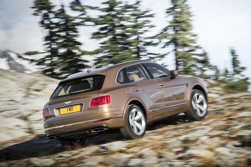 Lire l'article «Bentley Bentayga, luxe et puissance pour ce SUV inédit»