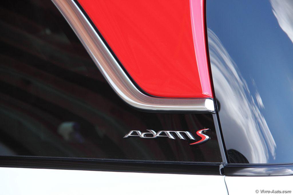 Lire l'article «Essai Opel Adam S, la mini-citadine survitaminée»