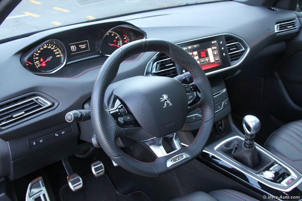 Lire l'article «Essai Peugeot 308 GT 1,6l THP 205, la compacte aux deux facettes»
