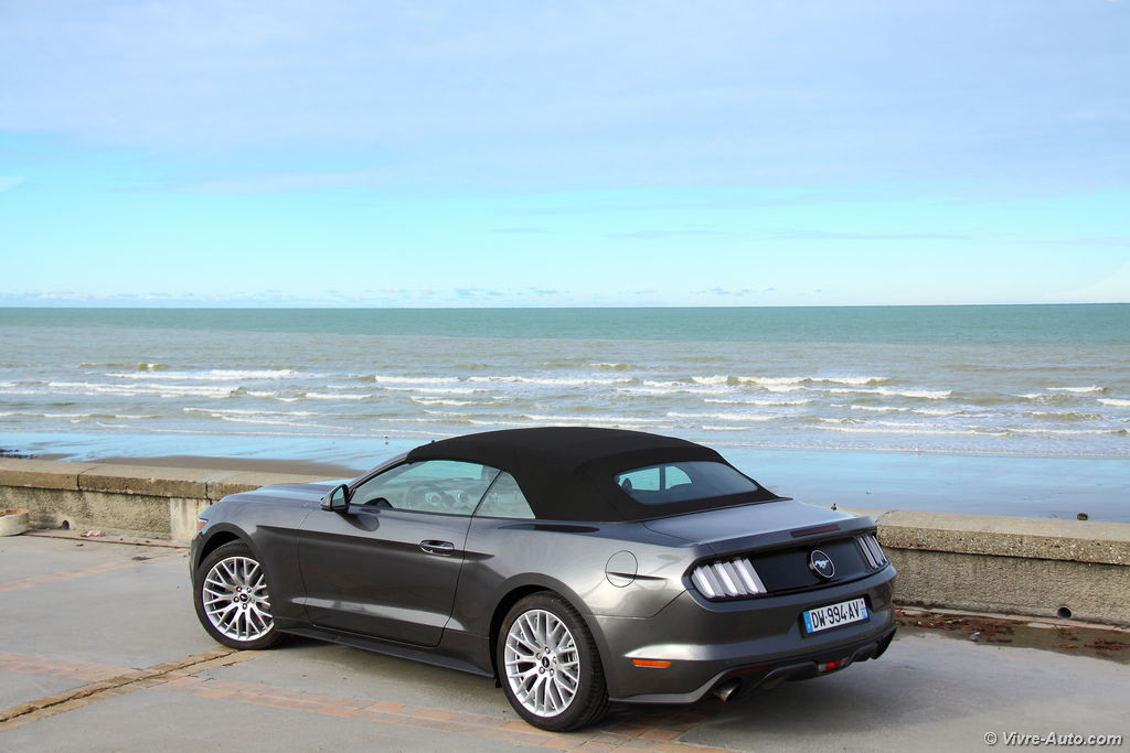 Lire l'article « Essai Ford Mustang Convertible, la Pony Car internationale »