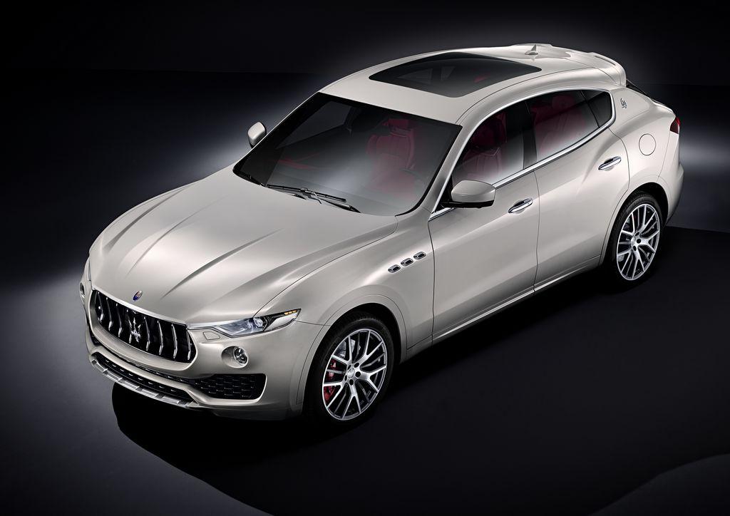 Lire l'article «Les premières photos du Maserati Levante»