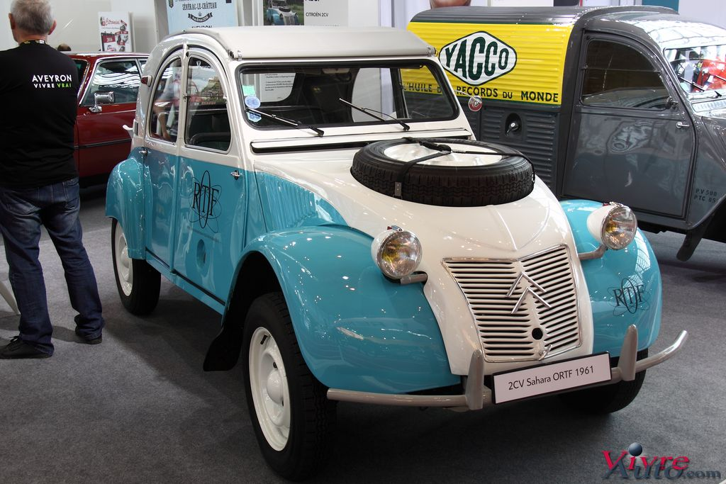 Lire l'article « Salon Rétromobile 2016 Stand Citroën & DS en photos »