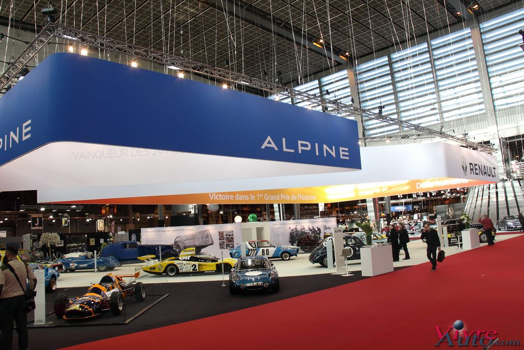 salon r tromobile 2016 stand renault alpine en photos. Black Bedroom Furniture Sets. Home Design Ideas