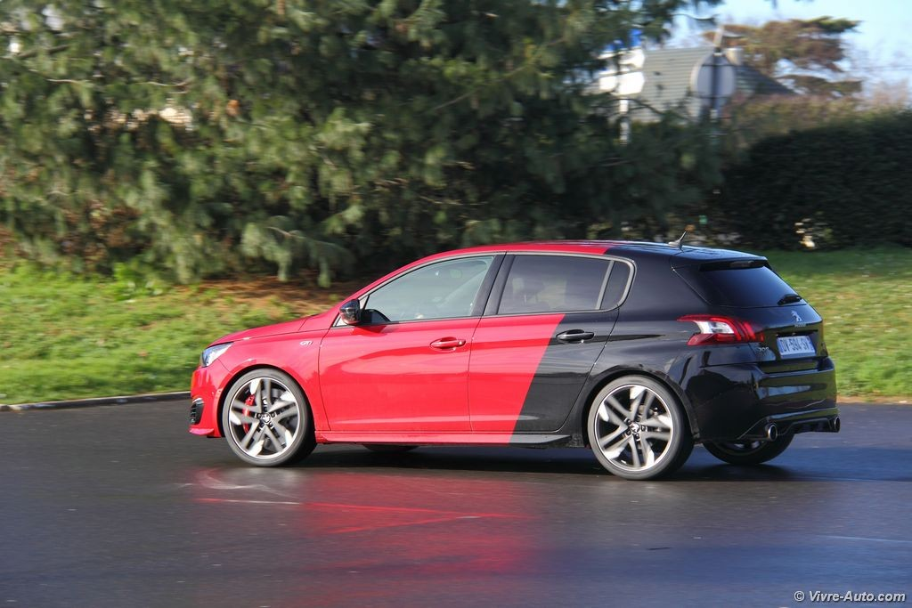 essai peugeot 308 gti by peugeot sport un quilibre exemplaire. Black Bedroom Furniture Sets. Home Design Ideas