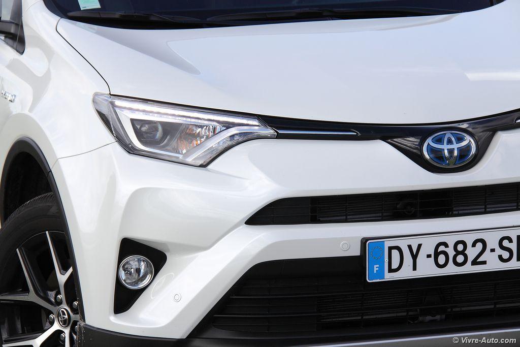 Lire l'article «Essai Toyota RAV4 Hybride, une association logique»