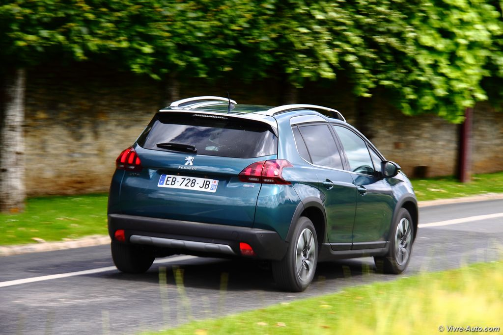 Lire l'article « Essai Peugeot 2008 2016 BlueHDi 100, un leader qui s'affirme plus »