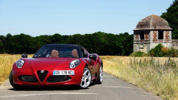 Essai Alfa Romeo 4C Spider, pure et dure !