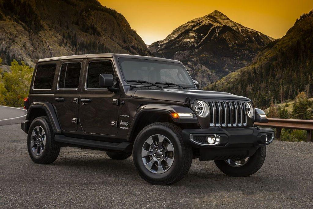 le nouveau jeep wrangler 2018 pointe le bout de son nez. Black Bedroom Furniture Sets. Home Design Ideas