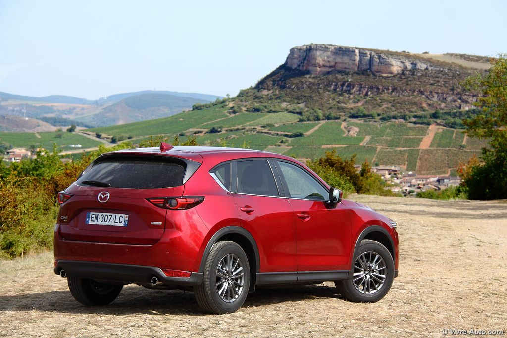 essai mazda cx 5 2017 skyactiv d 150 awd de l 39 volution. Black Bedroom Furniture Sets. Home Design Ideas