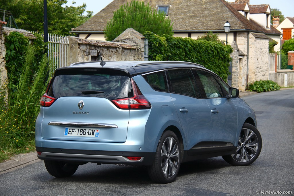 Lire l'article « Essai Renault Grand Scenic 4 dCi 160 EDC, l'alternative »