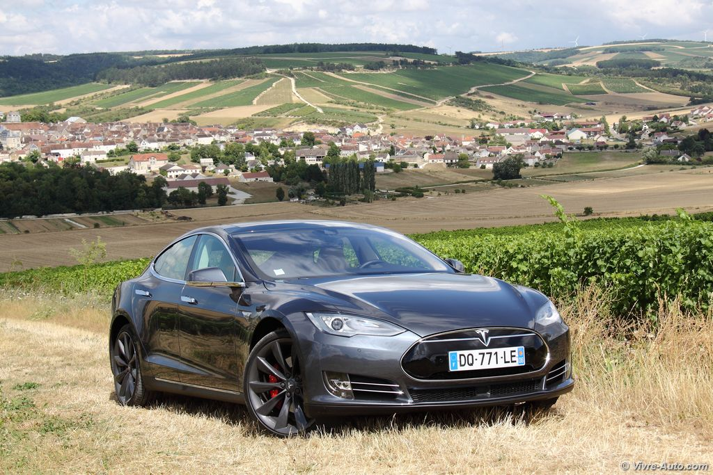 essai tesla model s p85d avion de chasse lectrique. Black Bedroom Furniture Sets. Home Design Ideas